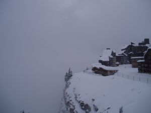 avoriaz-france-ski-condos-cliff.jpg
