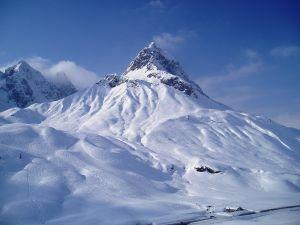 zurs-lech-arlberg-austria.jpg